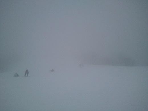 白馬の吹雪