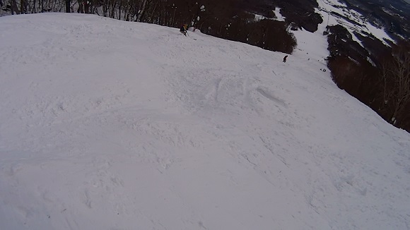 いいづなリゾート未圧雪ゾーンのコブ