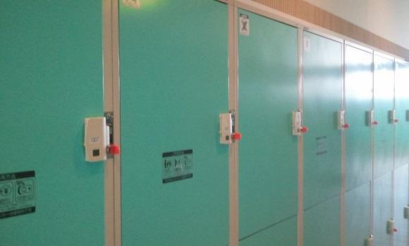 ルスツリゾートホテルのチェックアウト後に荷物を保管できるロッカー